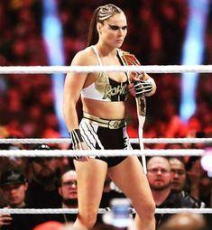 Rowdy Ronda, Hottest Female Celebrities, Ronda Rousey, Diva, Wonder Woman, Wrestling, Superhero, Ariana Grande, Wwe