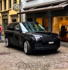 Range Rover White, Range Rover Classic, Range Rover Evoque, Range Rover Sport, Suv Cars, Sport Cars, Sv Autobiography, Best Cars For Teens, Range Rover Supercharged