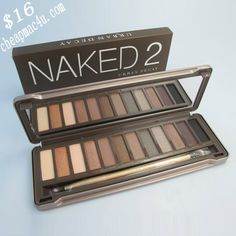 The Naked 2 eyeshadow palet from Urban Decay <3 Total musthave!