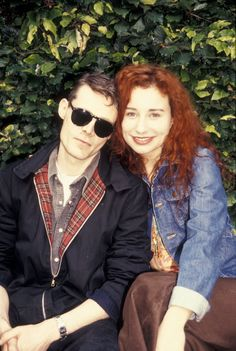 Andrew Eldritch (Sisters of Mercy) and Tori Amos, 1992 #toriamos #sistersofmercy #andreweldritch