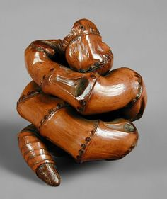 竹の根を使った根付け Okimono for Sencha Tea Ceremony in the form of a snake, of bamboo root.