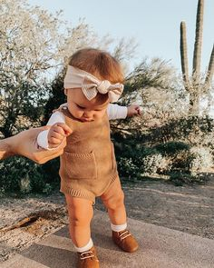 Fashion Tips For Teens .Fashion Tips For Teens Cute Little Baby, Cute Baby Girl, Cute Babies, Baby Kids, Baby Girl Fashion, Toddler Fashion, Kids Fashion, Little Boy Fashion, Toddler Suits