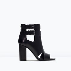 Image 1 of CUT-OUT LEATHER ANKLE SANDALS from Zara