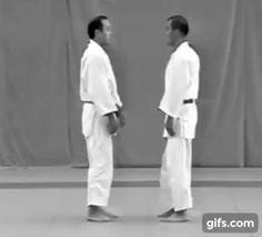 Hidari-eri-dori (left collar defence) from Kodokan judo's Goshin Jutsu no Kata