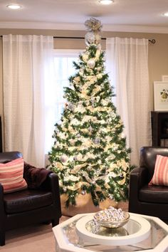love the gold and silver christmas tree