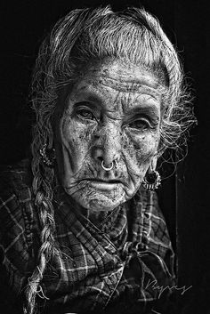 Old Faces, Many Faces, White Photography, Portrait Photography, Foto Portrait, Too Faced, Interesting Faces, People Around The World, Belle Photo