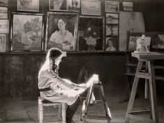 Picture of a student at the Bezalel art school in Jerusalem