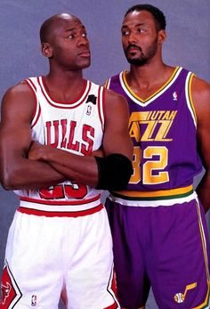 Michael Jordan - Chicago Bulls and Karl Malone - Utah Jazz Basketball Pictures, Love And Basketball, Sports Basketball, Basketball Players, Basketball Jones, American Athletes, American Sports, Charlotte Hornets, Nba Stars
