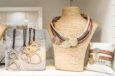 Colgantes y Collares virgen del Pilar Jewelry, Fashion, Pendants, Moda, Jewlery, Bijoux, Fashion Styles, Schmuck, Fasion