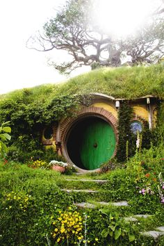 """The Hobbit House"" in New Zealand. Photographer: Shafiq Shah Ni, via 500px"