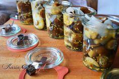 Marynowane podgrzybki Chicken Eggs, Pickles, Mason Jars, Flora, Stuffed Mushrooms, Canning, Party, Country, Garden