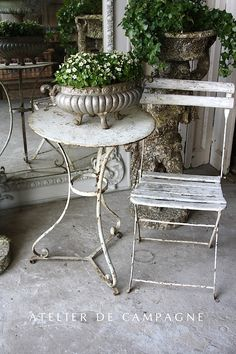 chic dining 8 Good-Looking Tips: Shabby Chic Living Room Country shabby chic bedroom duck egg.