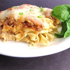A satisfying casserole using ground turkey, egg noodles, and plenty of cheese. Egg Noodle Recipes, Pasta Recipes, Baking Recipes, Dinner Recipes, Chicken Recipes, Turkey Casserole, Noodle Casserole, Casserole Recipes, Pasta Dishes