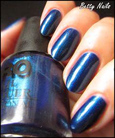 Betty Nails: Mollon Pro 173 - Léonie & Stampaholics 03 Nailart