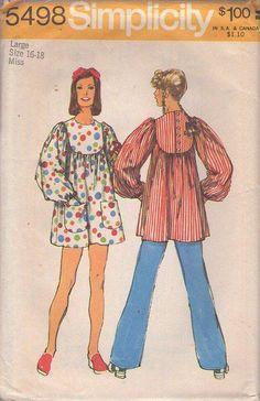 MOMSPatterns Vintage Sewing Patterns - Simplicity 5498 Vintage 70's Sewing Pattern WHIMSICAL CUTE Mod Twiggy Scoop Neck Balloon Sleeve Mini Dress, Back Buttoned Yoke Smock Top Size L