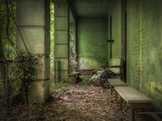 Kenneth Provost is a Bored Panda user an an avid photographer. He specializes in capturing abandoned buildings all across Europe.
