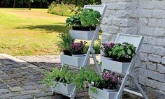 schön und praktisch. Peppen Sie Ihren Garten mit diesem Pflaznregal sommerlich auf