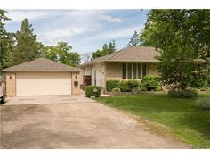 Residential in East St Paul - $439900.00 – 2486 Henderson Highway - 3 Bedrooms / 2 Bathrooms / 1263 Sq Ft, MLS® #: 1717389 - This custom built 3 bed, 2 bath bungalow has been loved and cared for by the current owners for over 49 yrs. - RE/MAX professionals Contact Agent Telephone: (204) 477-0500 Commercial: (204) 957-0500  - http://www.livinginwinnipeg.com/residential-listings/