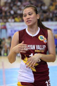 Shiela Marie Pineda Volleyball Players, Bangs, Pretty, Women, Fitness Women, Sports, Fringes, Bangs Hairstyle, Pony