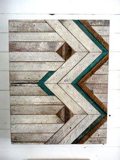 Tenture murale de Chevron de bois récupéré. par StoneHillMillworkCo, $325.00