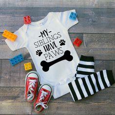 My Siblings Have Paws Onesie Baby Boy Baby Girl Unisex Unisex Baby Clothes, Cute Baby Clothes, Baby Boys, Baby Boy Fashion, Kids Fashion, Future Baby, Baby Boy Outfits, Cute Babies, Baby Gifts