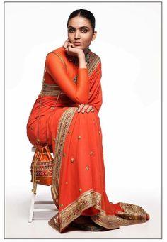 Sabyasachi Summer Collection 2020 For The Best Wedding Outfit Ideas! Saree Collection, Summer Collection, Sabyasachi Collection, Indian Dresses, Indian Outfits, Lehenga Designs Simple, Sabyasachi Sarees, Saree Blouse Patterns, Elegant Saree