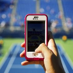 Great shot by ambassador, Christian Torres at the Billy Jean King National #Tennis Centre - US Open. Showing off the #LifeProof #iPhone 5/5s Blaze #Pink and Clear #nuud case!