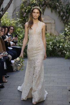 Monique Lhuillier Bridal Spring 2017 Fashion Show