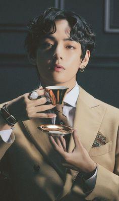 V Taehyung, Bts Jungkook, Foto Bts, Daegu, K Pop, Admirateur Secret, V Model, V Bts Wallpaper, Bts Aesthetic Pictures