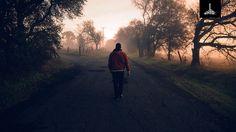 Quem Você Segue? - Todos temos necessidade de referenciais de vida que nos conduzam. Porém, Jesus é o nosso referencial de vida perfeito.