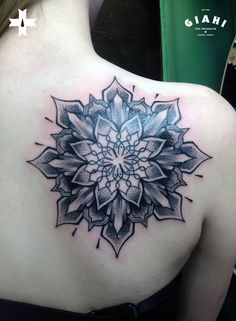Done by tattoo apprentice Thierry at Giahi Tattoo & Piercing, Löwenstrasse 22.
