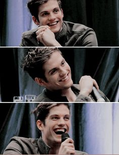 Christian on the report - SUPER comfortable with the attention apparently Teen Wolf Isaac, Teen Wolf Boys, Dylan O'brien, Mtv, Daniel Sharman Teen Wolf, The Walking Dead, Only Teen, Meninos Teen Wolf, Teen Wolf Ships