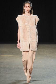 Philosophy di Lorenzo Serafini Fall 2014 Ready-to-Wear Fashion Show