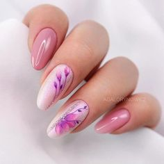 Valentine's Day Nail Art Ideas That Are Perfect For The Special Day - Millions Grace Stylish Nails, Trendy Nails, Cute Nails, Henna Tattoo Muster, Henna Tattoos, Spring Nails, Summer Nails, Acrylic Nail Designs, Nail Art Designs