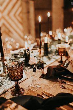 Wedding Decor, Winter Wedding Receptions, Wedding Table Centerpieces, Wedding Events, Wedding Ideas, Wedding Advice, Tall Centerpiece, Wedding Souvenir, Backdrop Wedding