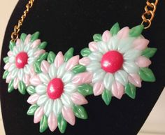 Collar Primavera con flores hechas con #FIMO, de la colección Primavera/Verano de NM Designs. www.nm-designs.com