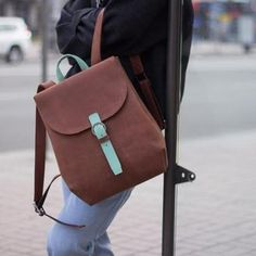 Кожаный рюкзак с отделением для ноутбука
