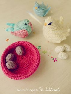 Crochet amigurumi birds nest and eggs pattern and baby mobil how to