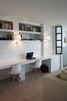 werkplek in de woonkamer - wandlampen - glazen scheidingswand...
