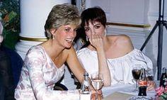 Princess of Wales and Liza Minnelli. Cutes de les Voir chaleureuses entre elles.