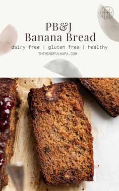 This Gluten Free PB&J Banana Bread Recipe is filled with chocolate-y peanut butter & jelly cups, and topped with a swirl of extra raspberry jelly. Browned edges, and a super tender and moist center, this is bound to be your new go-to banana bread recipe! Dairy Free Banana Bread, Easy Banana Bread, Banana Bread Recipes, Soft Ginger Cookie Recipe, Soft Ginger Cookies, Sugar Free Recipes, Sweet Recipes, Incredible Recipes, Gluten Free Desserts