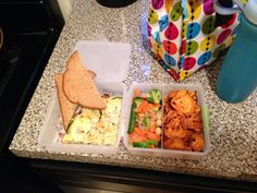Packed Lunch 101: Frittata, Toast, Asian Stir-Fry Veggies in Soy Sauce, and Sweet Potato Chips #Fried #Veggies #FriedVeggies