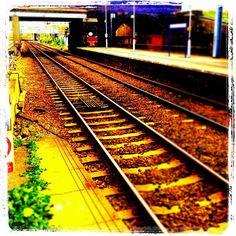Train tracks at the Thameslink station via @ijameslee_