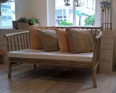 Bamboe tuinbank Outdoor Sofa, Outdoor Furniture, Outdoor Decor, Coastal Interior, House, Home Decor, Decoration Home, Home, Room Decor