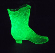 Fenton Vaseline Glass Daisy and Button Pattern Boot $50.00 USD