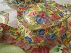 Royal Winton Sweet pea Exquisite Rare design Teapot perfect