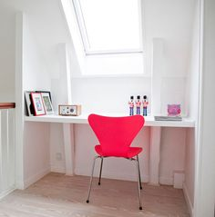 Neon chair in white space, Design, style and decor for kids, inspiration for baby, girls and boys bedrooms.  www.designandkids.blogspot.com