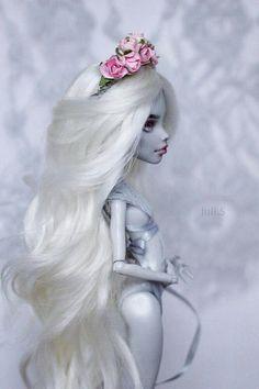 OOAK Monster High Ghoulia #OOAK #MonsterHigh #JuliSidorova #Ghoulia #OOAKMonsterHigh #OOAKGhoulia