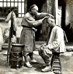 Street Barber. Old China 1902