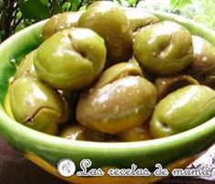 Aceitunas partidas | Las Recetas de Mamá Spanish Kitchen, Finger Food Appetizers, Dip Recipes, Pickles, Food To Make, Food And Drink, Lunch, Snacks, Fruit